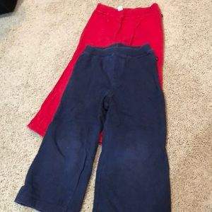 Two pairs gap toddler play pants. Size 3T